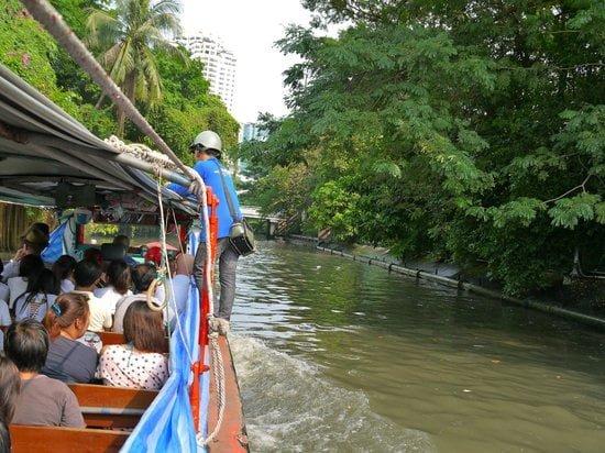 Boat Ride in Khlong Saen Saeb