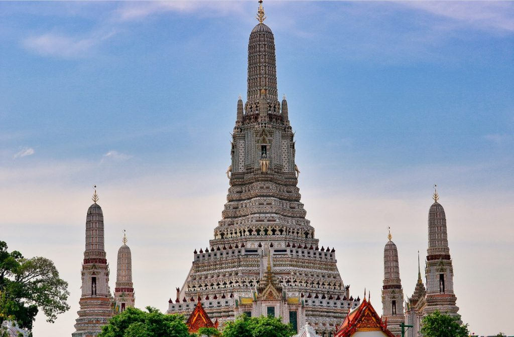 Wat Arun Thai