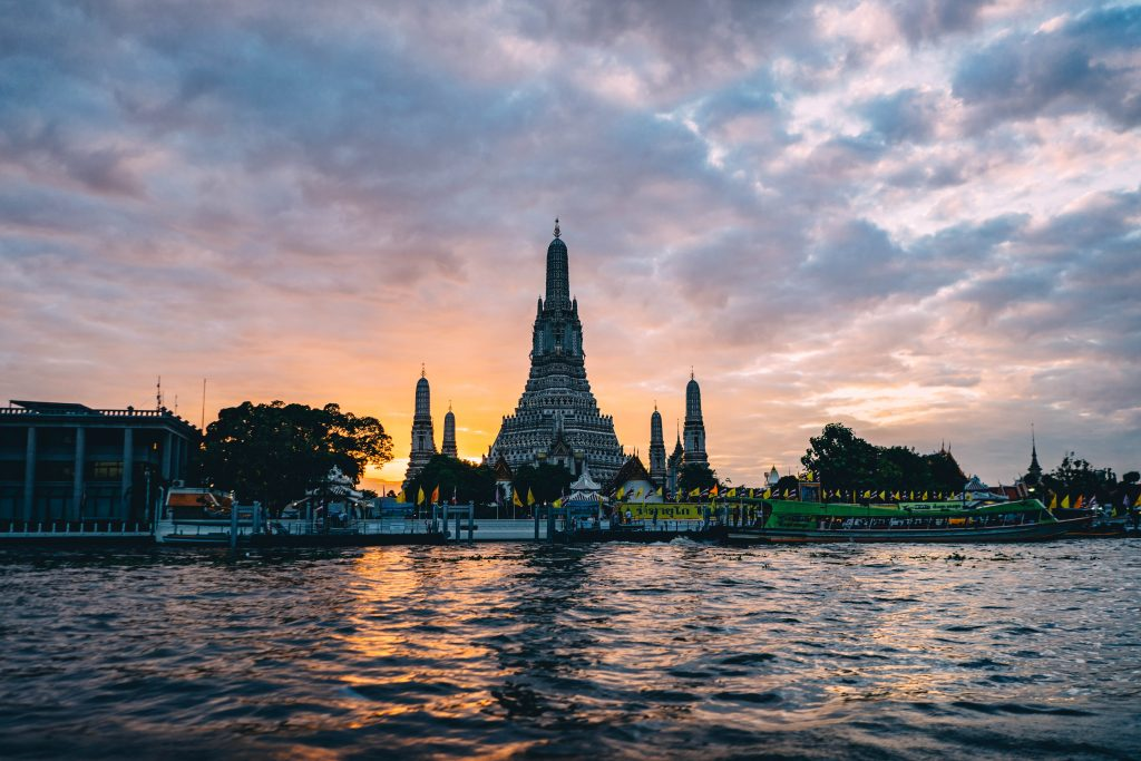 Wat Arun Picture